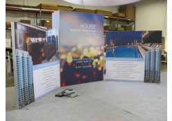 Custom 20' x 20' Exhibit Rental